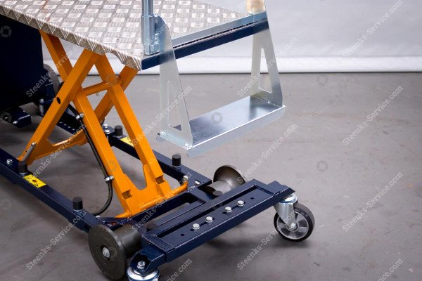 Leaf-picking trolley Berg Hortimotive | Image 3