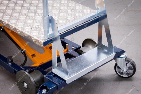 Leaf-picking trolley Berg Hortimotive | Image 9