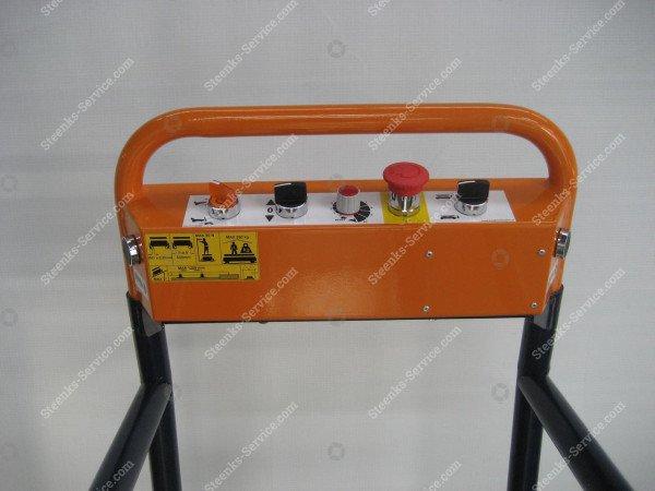 Rohrschienenwagen Benomic   Bild 3