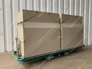 Set bottom unloading containers