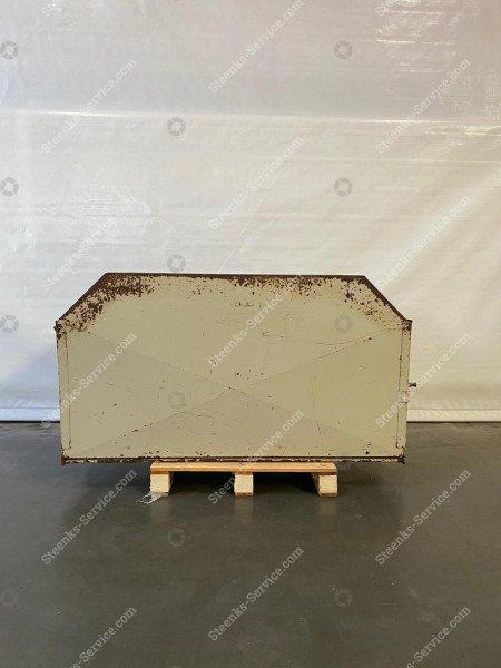 Paprika Trichterentladen Container | Bild 2