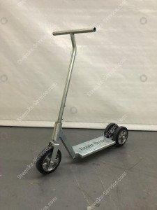 Tretroller / Roller