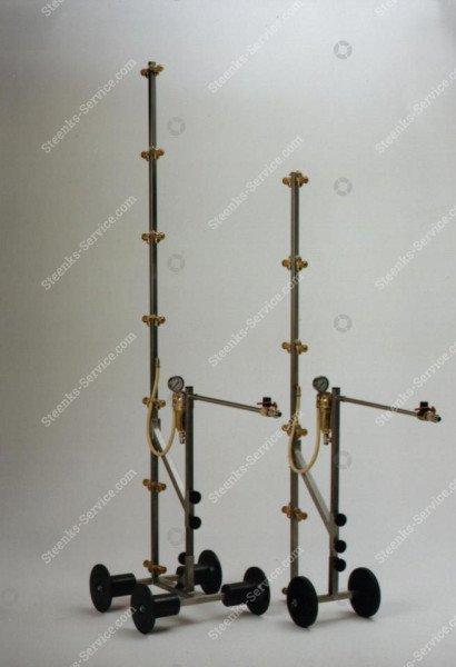 Stainless steel spray mast