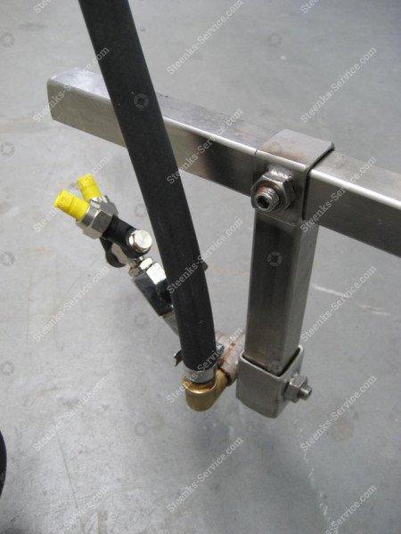 Stainless steel spray mast | Image 17